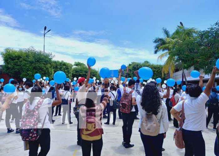 Actividad en el Centro Tecnológico de Granada en conmemoración del Bicentenario de Centroamérica