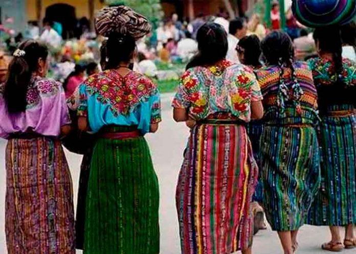 Varias niñas de Guatemala