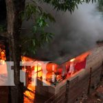 Incendio consume en su totalidad una vivienda en Juigalpa, Chontales