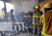 Incendio devora dos viviendas en Villa Venezuela, Managua