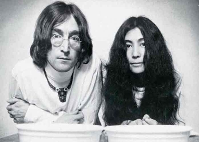 Sale a subasta entrevista inédita de Lennon y Ono grabada en Dinamarca