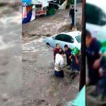 Fuerte lluvia dejo dos personas muertas por inundaciones en Ecatepec, México