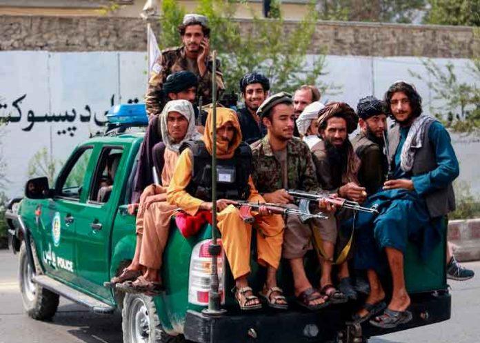 Talibanes confirman que volverán castigos y ejecuciones
