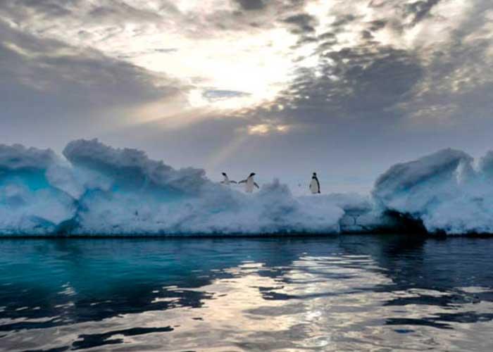 Según científicos crece agujero en capa de ozono sobre Antártida