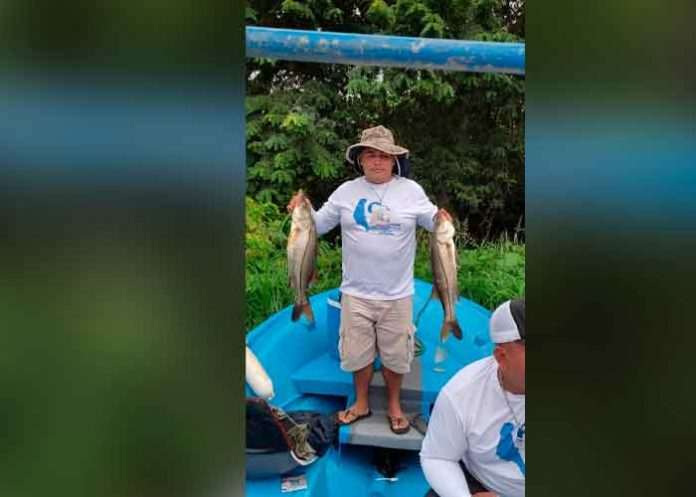 Realizan torneo internacional de pesca deportiva con orgullo patrio
