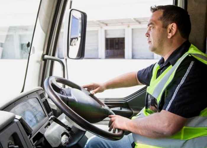Por falta de camioneros hay escasez de combustible en Reino Unido