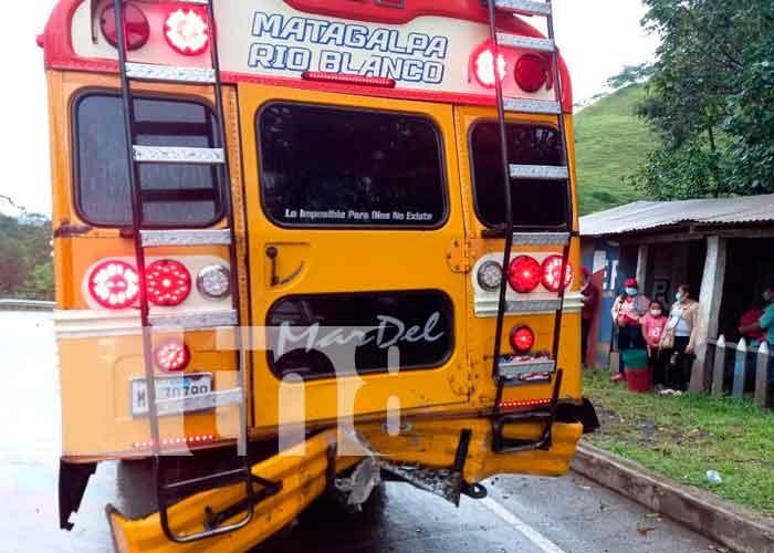 Fuerte accidente de tránsito en Rio Blanco