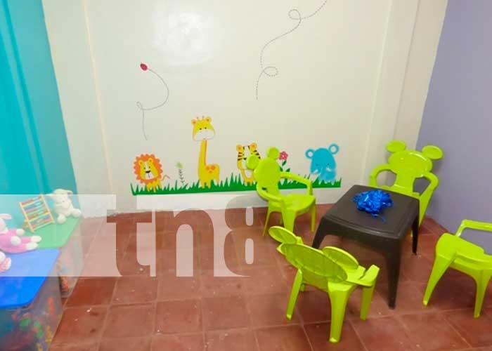 Inauguran sala para atender niños y adolescentes