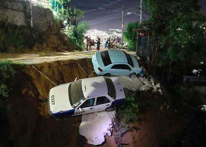 Suman 150 réplicas del sismo de ayer martes en México