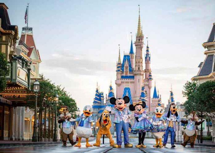 ¡Disney celebra en grande! Lanzó nueva colección por el 50 aniversario