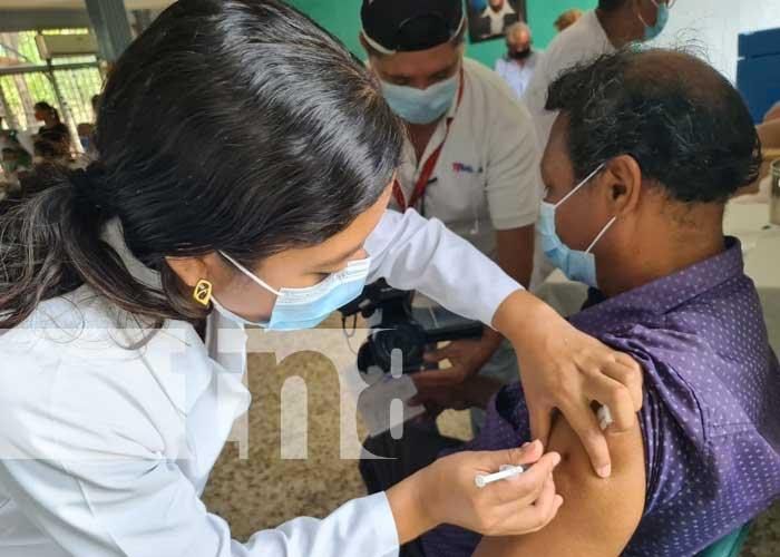 Nicaragua ha vacunado más de 520 mil personas contra el COVID-19