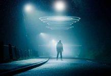 """""""Hombre del futuro"""" alerta de extraterrestres, huracanes y monos que hablan"""