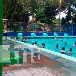 Familias disfrutan con alegría en el Centro recreativo Xilonem