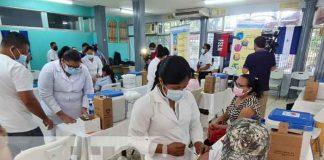 Aplican 1ra y 2da dosis de la vacuna contra el COVID-19 AstraZeneca