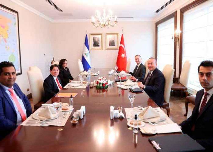 Visita oficial de la delegación del Gobierno de Nicaragua a Turquía