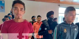 Delincuentes capturados en redada de Policía Nacional