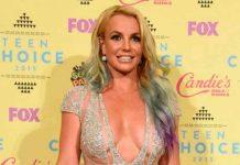 """Britney Spears celebra """"sin ropa"""" que al fin se liberó de su padre"""