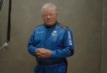 Capitán Kirk de 'Star Trek' se convierte en el astronauta más longevo en viajar al espacio