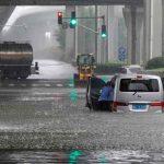 Al menos 5 muertos y más de 50.000 evacuados tras lluvias en China