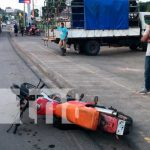 Choque entre 2 motocicletas