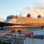Crucero de Disney enfrenta demanda por agresión sexual a una niña