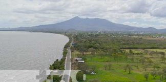 Panorama de carretera costanera en Nicaragua
