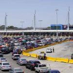 Estados Unidos reabrirá las fronteras terrestres con México y Canadá