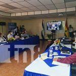 Presentación en la UNAN-Managua del equipo de evaluadores