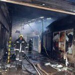 Incendio en mercado de Vladivostok obliga a evacuar a 70 personas