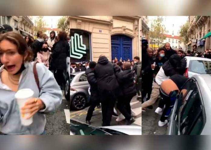 """Brutal pelea en París en una tienda emergente de """"El Juego del Calamar"""""""