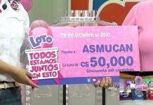 Entrega de apoyo para el cáncer de mama por parte de LOTO Nicaragua