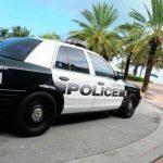 Hombre es detenido por tirar ladrillos a dos niños mientras dormían en Miami