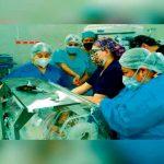 Tras 7 horas de cirugía en Perú separan a siameses unidos por la cadera
