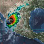 Huracán Pamela toca tierra en Sinaloa, México