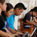 Conjunto de universitarios en Nicaragua