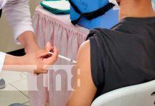 Efectiva vacunación a jóvenes y embarazadas en Managua
