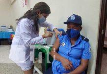 Vacunación a embarazadas avanza en el sexto día en el país